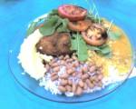 almoço 15/02/2007 - Arroz, feijão, pirão, 3 pedaços de frango a milanesa, purê de batata, rúculas e tomates