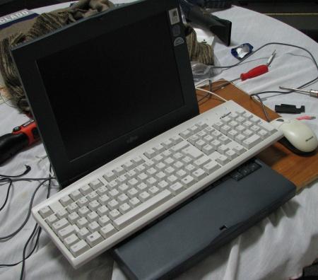 teclado e notebook